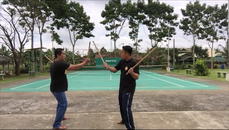 Stick Fighting Techniques that Can Save One's Life