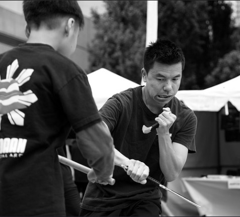 Deadly Filipino Knife Fighting Techniques